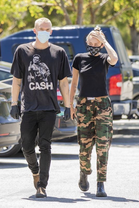 MILEY CYRUS and Cody Simpson at 10 Speed Coffee in Woodland Hills 04/23/2020