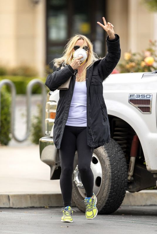 NICOLLETTE SHERIDAN out for Sushi Pickup in Calabasas 04/19/2020