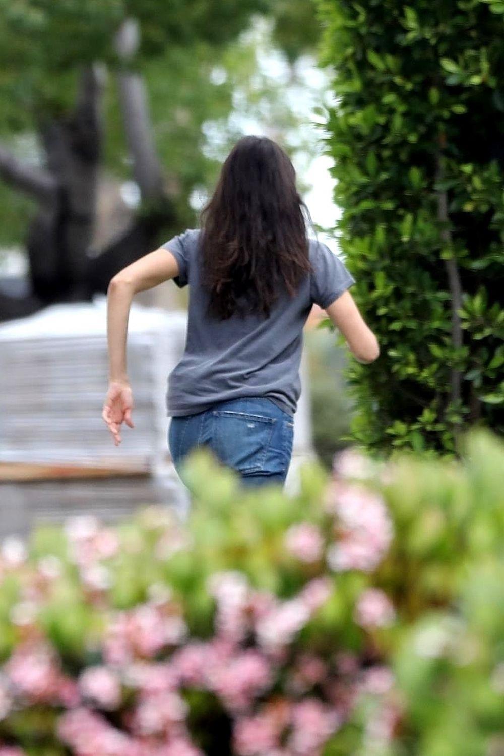 Nina Dobrev Moving Some Furniture In Los Angeles 04 07