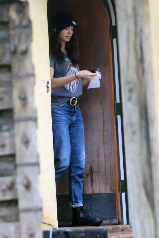 NINA DOBREV Sanitizes Her Credit Card After a Repairman Drops off Her Tesla 04/06/2020