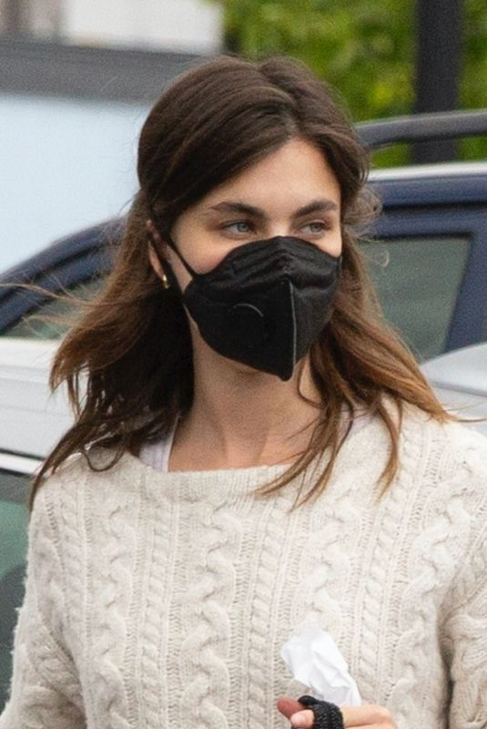 RAINEY QUALLEY Wearing a Mask at Vons Market in Los Angeles 04/10/2020