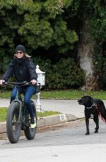 ROBIN WRIGHT and Clement Giraudet Out for Bike Ride in Santa Monica 04/27/2020