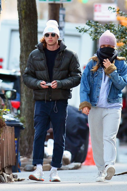 SAILOR BRINKLEY and Ben Sosne Out in in New York 04/02/2020