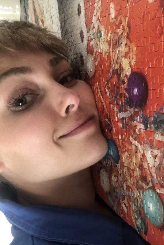 ANNASOPHIA ROBB for Stylecaster's Snapshots from Quarantine 2020