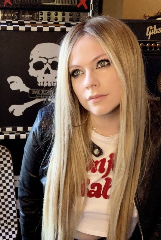 AVRIL LAVIGNE for Nylon Magazine, May 2020
