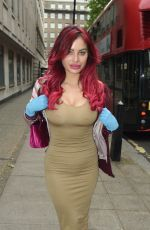 CARLA HOWE Out Shopping in London 05/12/2020
