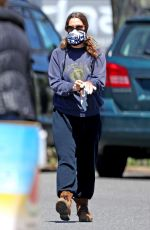 DREW BARRYMORE Out in The Hamptons 05/07/2020