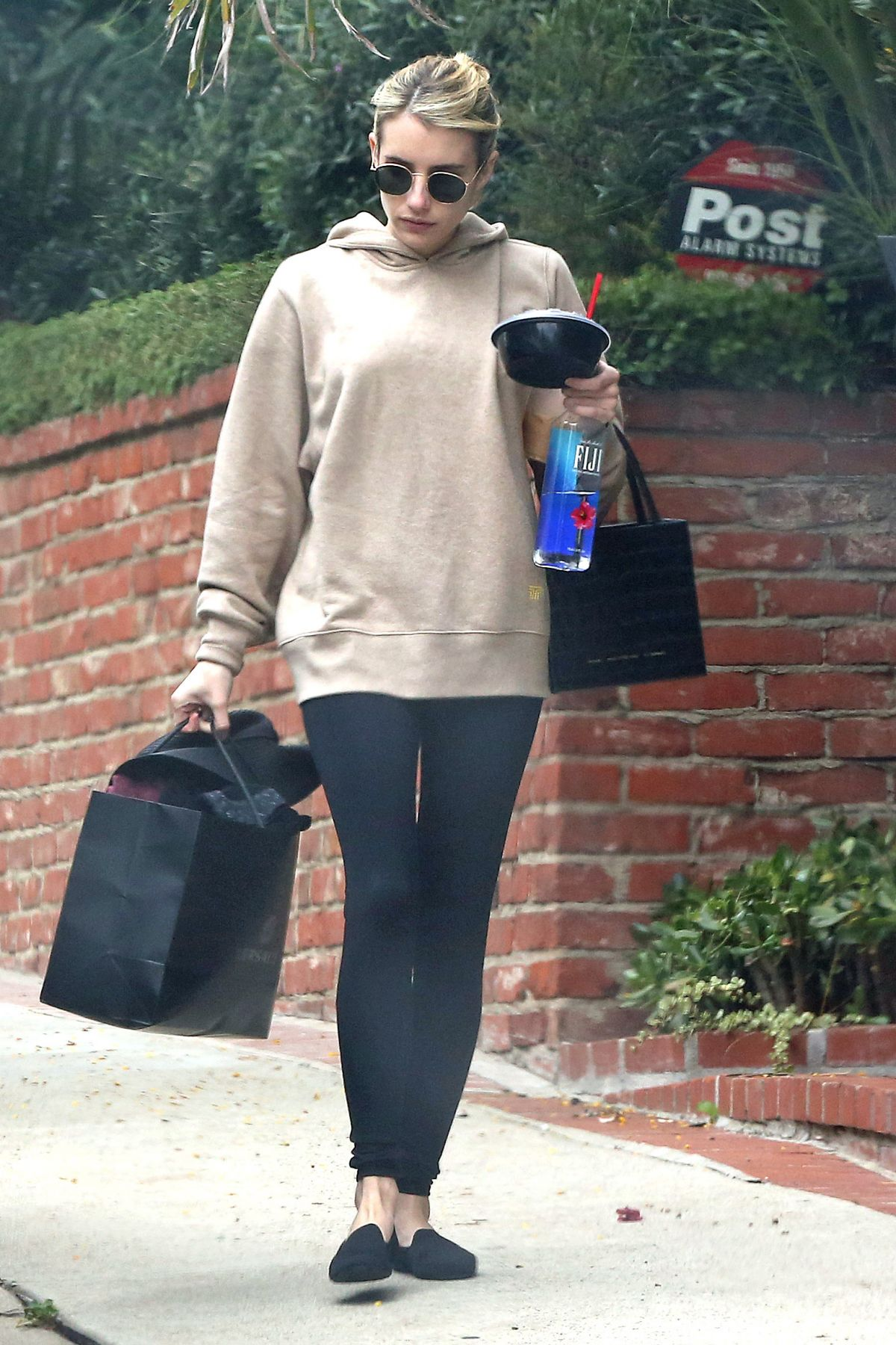 Emma Roberts Out And About In Los Angeles 05 29 2020 Hawtcelebs