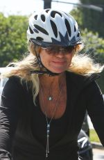 GOLDIE HAWN and Kurt Russel Out Riding Bikes in Brentwood 05/10/2020