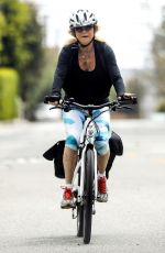 GOLDIE HAWN Out Riding a Bike in Los Angeles 05/19/2020