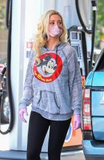 HOLLY MADISON at a Gas Station in Los Angeles 05/28/2020