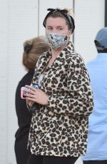 IRELAND BALDWIN Shopping at Whole Foods in Los Angeles 05/22/2020