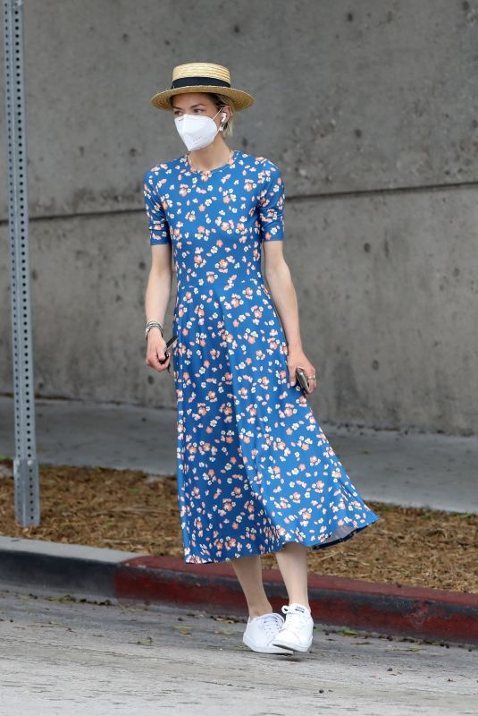 JAIME KING Wearing Mask Out in West Hollywood 04/29/2020