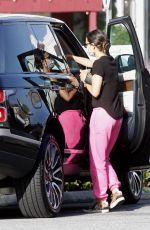 JENNIFER GARNER Out and About in Brentwood 05/23/2020