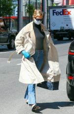 KARLIE KLOSS Wearing Mask and Latex Gloves Out in New York 05/14/2020