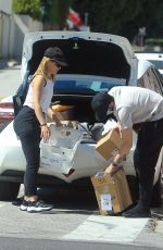 MENA SUVARI and Michael Hope Load Up Boxes at UPS Store in West Hollywood 05/06/2020
