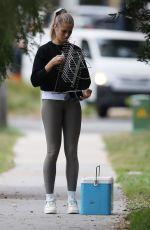 NATALIE ROSER Moving in Her New Home in Sydney 05/21/2020