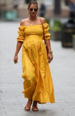 Pregnant VOGUE WILLIAMS Leaving Radio Breakfast Show in London 05/24/2020