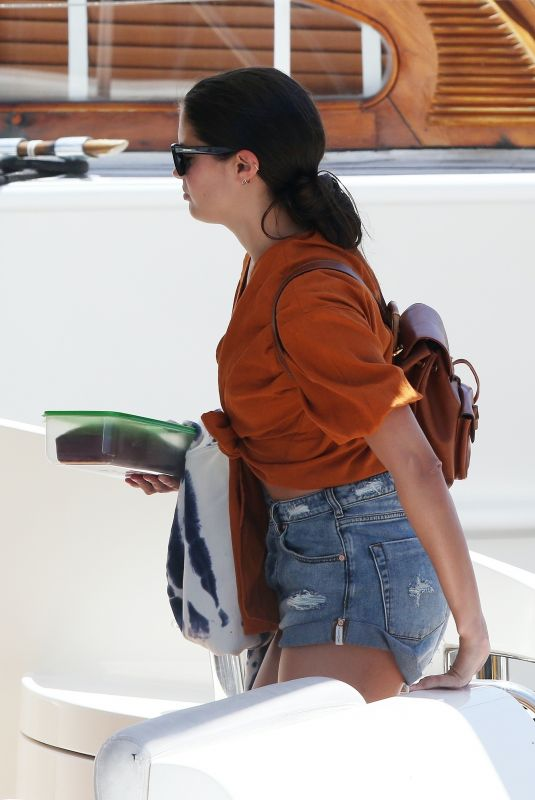 SARA SAMPAIO Arrives at a Boat in Los Angeles 05/02/2020
