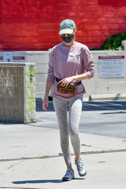 WHITNEY PORT Wearing a Mask Out in Los Angeles 05/27/2020