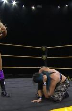 WWE - CHARLOTTE FLAIR vs MIA YIM 04/29/2020