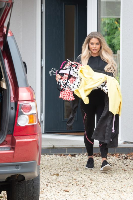 BIANCA GASCOIGNE Moves Out og Her Home in North London 06/17/2020