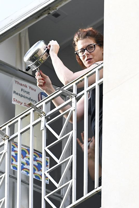 DEBRA MESSING Cheering First Responders from Her Balcony in New York 06/15/2020