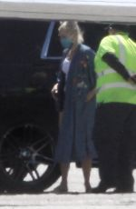 GWEN STEFANI Leaves a Private Jet at Airport in Burbank 06/09/2020