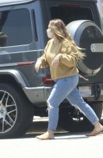 HAYLIE DUFF Shopping at Little Moon in Studio City 06/26/2020