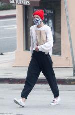 JAIME KING Shopping at Liquor Store in Beverly Hills 06/28/2020