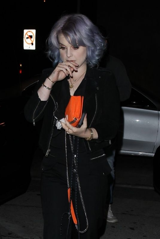 KELLY OSBOURNE Out for Dinner at Craig's in West Hollywood 06/19/2020