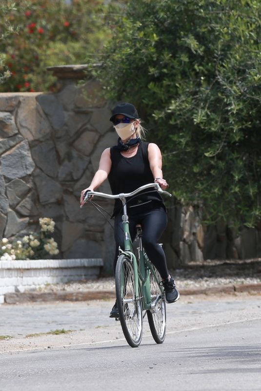 REESE WITHERSPOON Out Riding a Bike in Malibu 06/12/2020