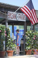 SCARLETT JOHANSSON Shopping at Farmer