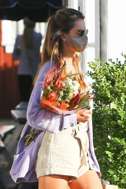 ALESSANDRA AMBROSIO Shopping Flowers at Brentwood Country Mart 07/22/2020