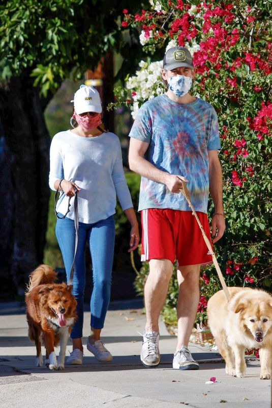 AUBREY PLAZA and Jeff Baena Out with Her Dogs in Los Angeles 07/19/2020