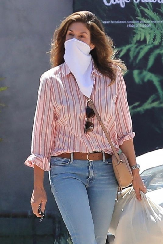 CINDY CRAWFORD in Denim at Cafe Habana in Malibu 07/30/2020