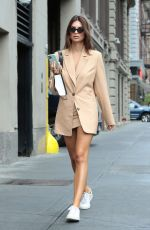 EMILY RATAJKOWSKI Out and About in New York 07/24/2020