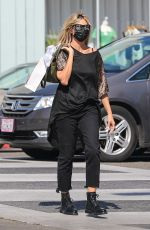 HEIDI KLUM Out Shopping on Rodeo Drive in Beverly Hills 07/24/2020
