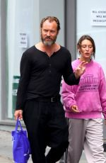 IRIS and Jude LAW Out Shopping in London 07/07/2020