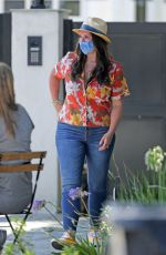 JENNIFER LOVE HEWITT at Ice Party in Her Front Yard in Pacific Palisades 07/21/2020