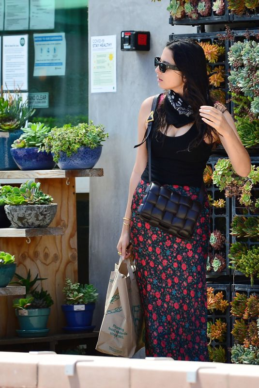 JESSICA GOMES Out Shopping in Malibu 07/27/2020