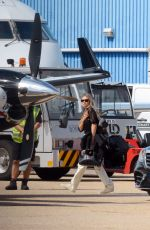 KATE MOSS Boarding a Private Jet at Luton London Airport 07/23/2020