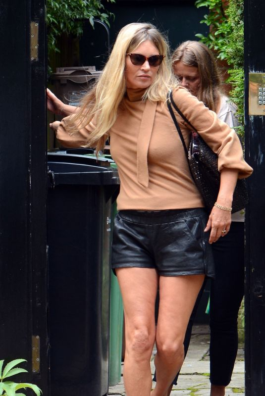 KATE MOSS Out and About in London 07/14/2020