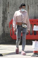 KATIE PRICE Leaves a Hospital in London 07/12/2020
