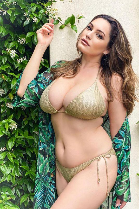 KELLY BROOK in Bikini – Instagram Photos 07/09/2020