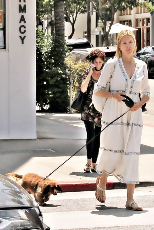 KELLY RUTHERFORD Out with Her Dog in Los Angeles 07/01/2020