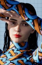 KENDALL JENNER for Burberry TB Summer 2020 Monogram Collection