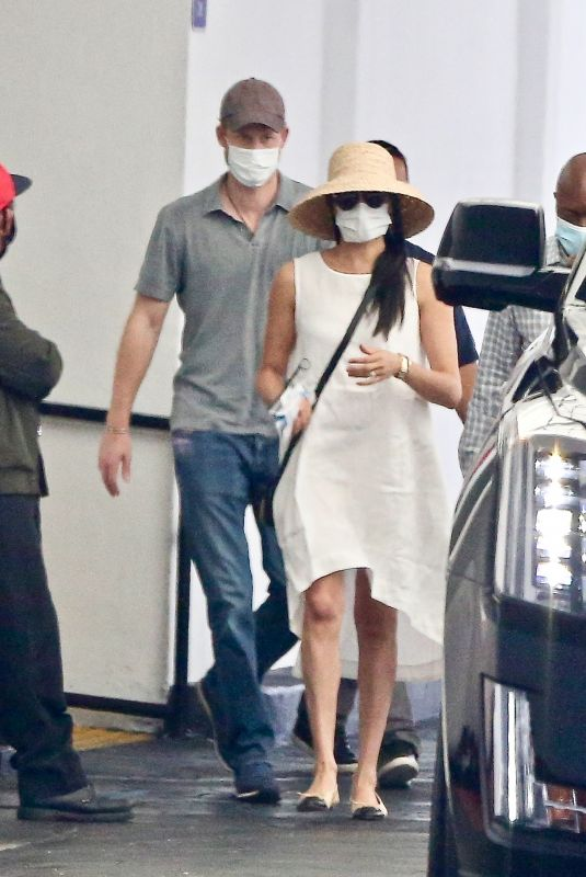 MEGHAN MARKLE and Prince Harry Wearing Masks Out in Beverly Hills 07/12/2020