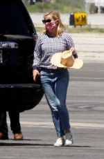 REESE WITHERSPOON Landing at Van Nuys in Los Angeles 07/08/2020