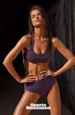 ROBIN HOLZKEN in Sports Illustrated Swimismuit 2020 Issue